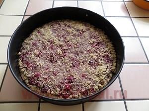 пирог со свежей вишней