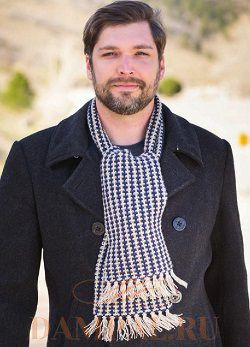 двухцветный мужской шарф спицами