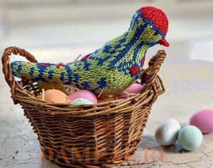 Вязаная птичка «весенний дятел»