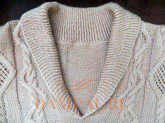вязаный пуловер женский с косами