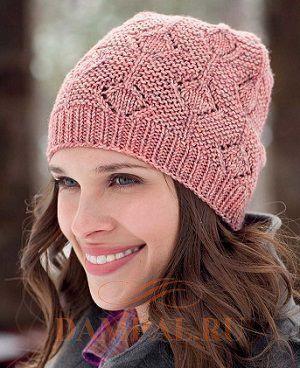 розовая вязаная шапочка
