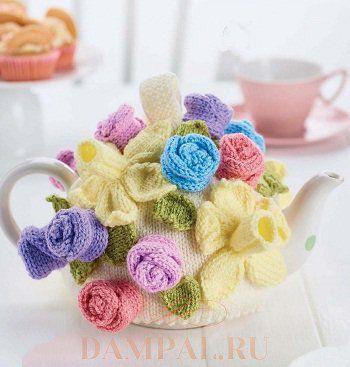 Грелка на чайник с весенними цветами