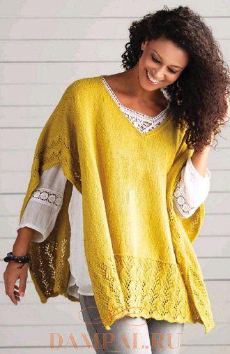 Желтое вязаное пончо с ажурной каймой